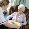 Ratgeber zur Umschulung in die Altenpflege